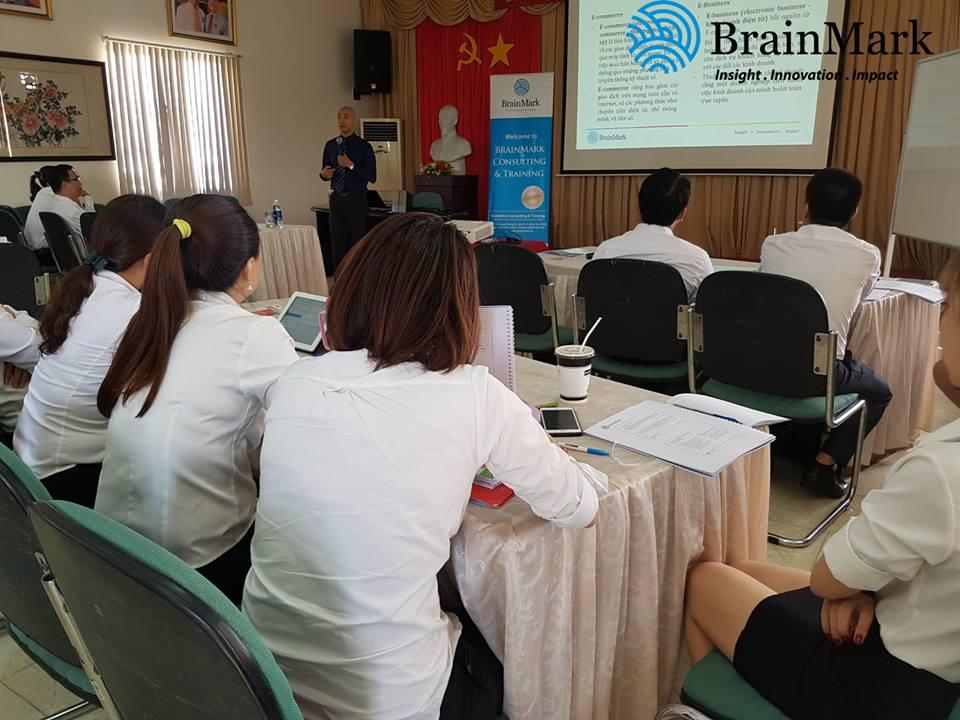 Đào tạo Ứng dụng Thương mại điện tử trong Kinh doanh cho Thái Tuấn